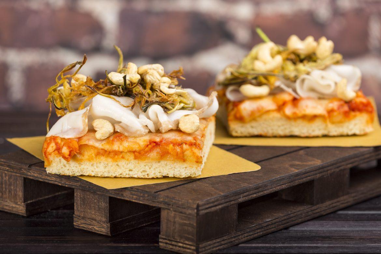 Pizza Margherita con Carciofi